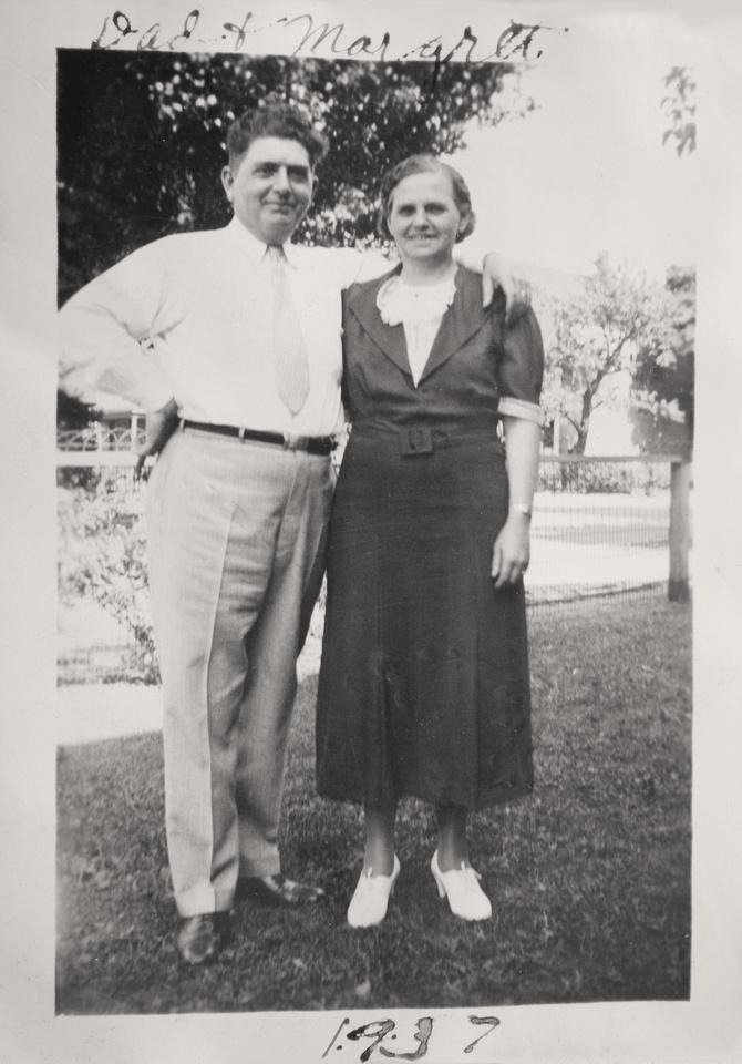 1937 Murosky Family Gathering